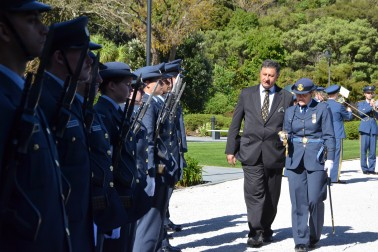 an image of HE Mr Mirza Hajric, Ambassador of Bosnia and Herzegovina inspecting the honour guard