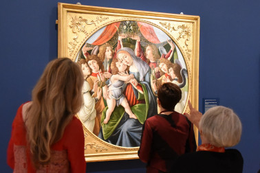 Image of Botticelli's Madonna and Child with Six Angels