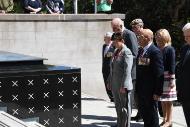 Dame Patsy paying her respects at the Tomb of the Unknown Warrior