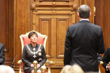 an image of Dame Patsy asking for the House of Representatives to be summoned