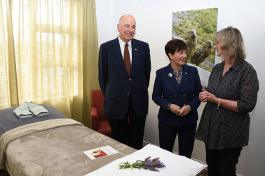 Image of Dame Patsy and Sir David inspecting the treatment rooms