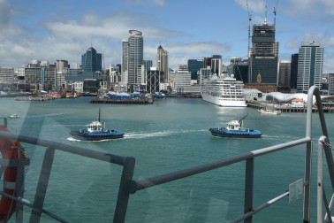 an image of Auckland from the bridge of HMNZS Canterbury