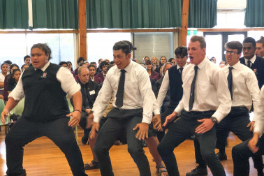 Image of Rosehill College students perform the haka