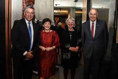 Image of Dame Patsy and Sir David with Chairman of the New Zealand Maori Arts and Crafts Institute, Harry Burkhardt and Mayor Steve Chadwick