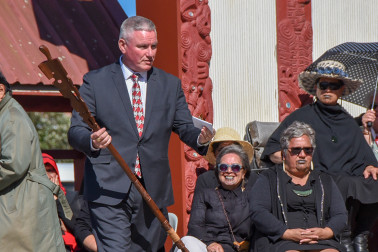 Hon Kelvin Davis with a taonga presented by the Tahitian delegation