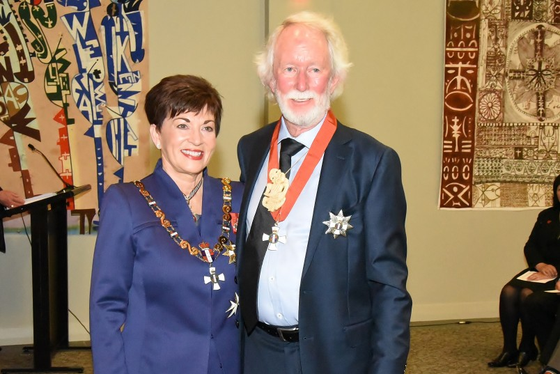 Image of Dame Patsy Reddy with Sir Graeme Dingle