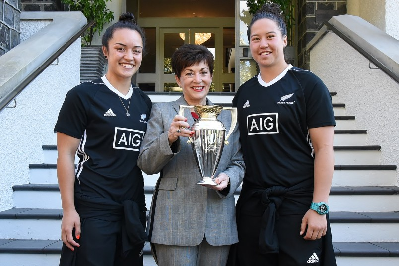Image of Dame Patsy with Black Ferns Charmaine McMenamin and Theresa Fitzpatrick