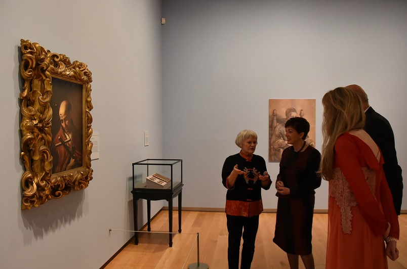 Image of Mary Kisler taking Dame Patsy and Sir David on a tour of the treasures of The Corsini Collection