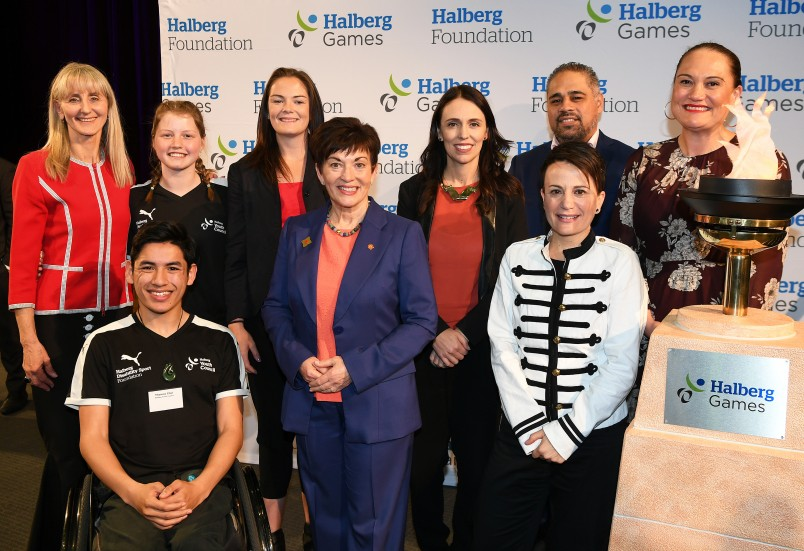 an image of -	Shelley McMeeken, Victoria Baldwin, Thomas Chin, Holly Robinson, Her Excellency, Rt Hon Patsy Reddy, Prime Minister, Rt Hon Jacinda Ardern, Hon Peeni Henare, Paul Tesoriero and Hon Carmel Sepuloni