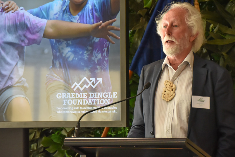 Image of Sir Graeme Dingle speaking