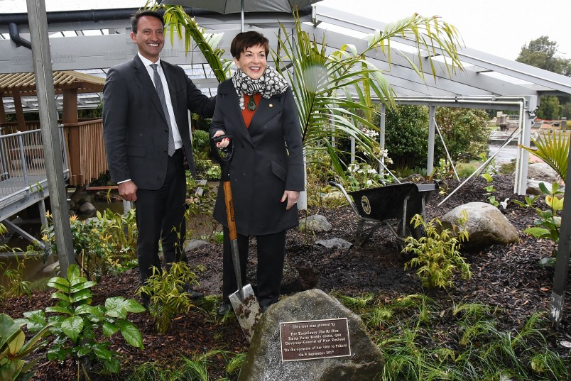 an image of Dame Patsy and David MacLeod, Chair of Taranaki Regional Council