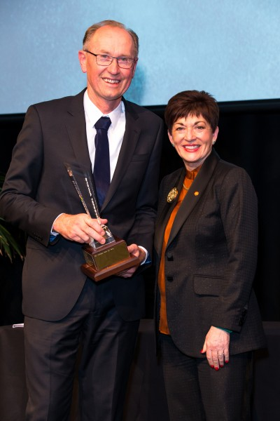 an image of Dame Patsy and Professor Peter Kamp