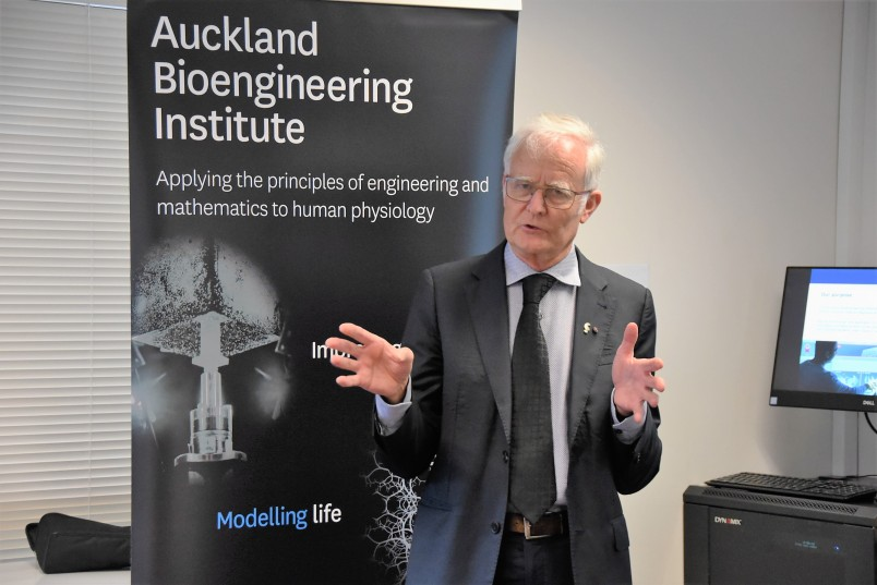 Image of Distinguished Professor Peter Hunter, Director of the Auckland Bioengineering Institute
