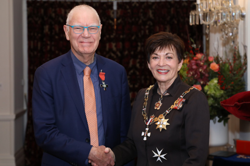 Mr Geoff Pearman, of Port Chalmers, MNZM for services to seniors and business