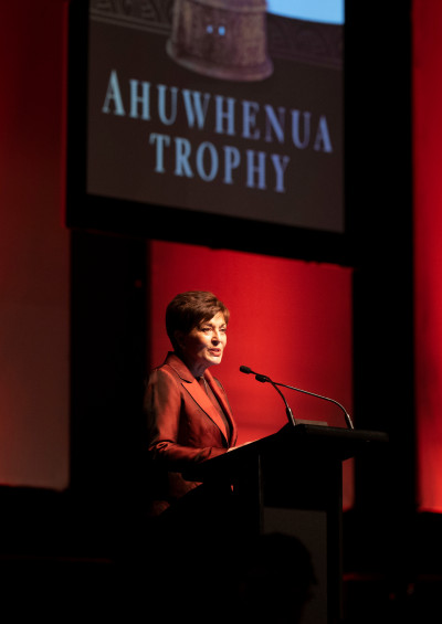Dame Patsy speaking at the Ahuwhenua Awards dinner