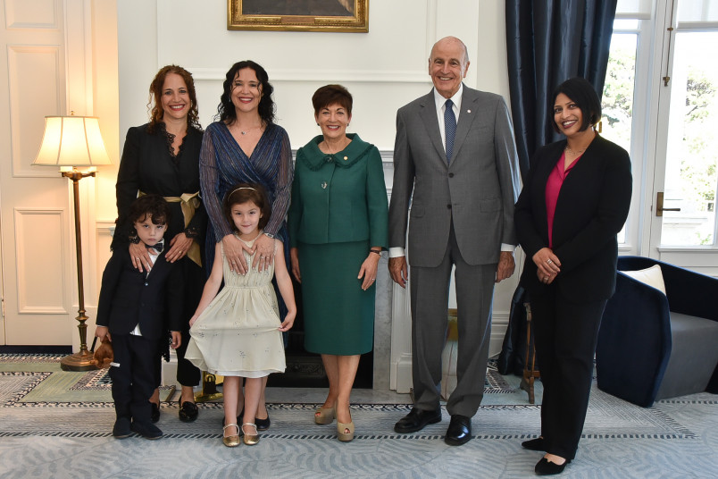 HE Mrs Maria Belen Bogado and her family with Their Excellencies and Hon Prinyanca Radhakrishnan