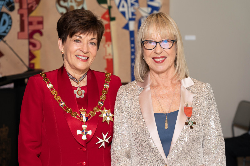 Ms Michele Hine, Dame Patsy Reddy