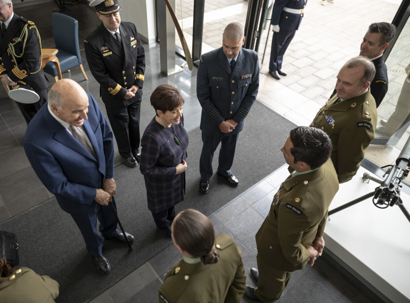 Image of Dame patsy and Sir David meeting NZ staff and students at the Australian Defence College