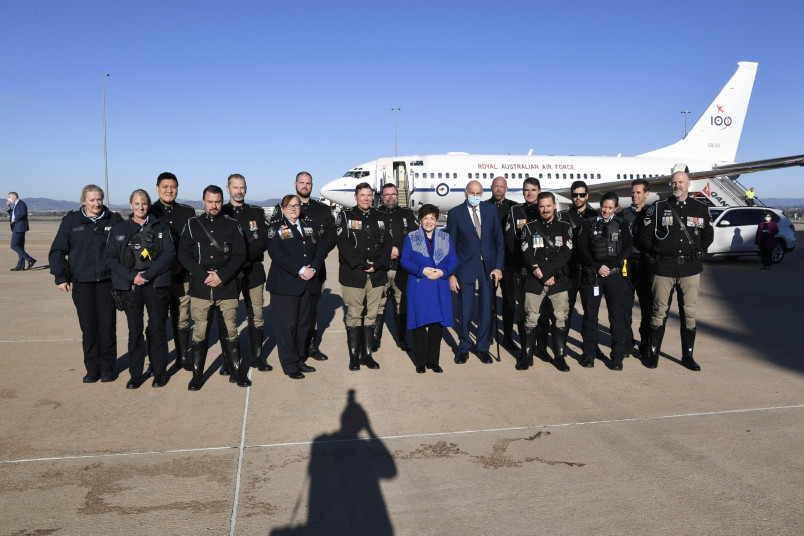 Image of Dame Patsy with the members of the ACT Police and ACT Traffic Operations teams