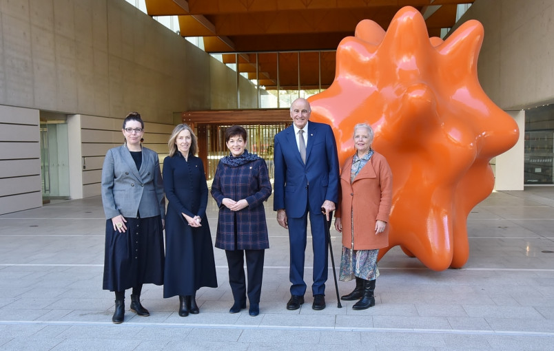 Image of Dame Patsy and Sir David with members of the National Portrait Galllery executive team - Sandra Bruce, Collections and Exhibitions; Karen Quinlan, Director and Liz Nield, External Relations