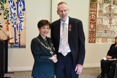Associate Professor Rob Jacobs, of Auckland, MNZM, for services to optometry and education