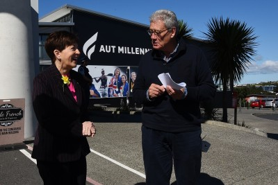 An image of Dame Patsy meeting yachting commentator Peter Montgomery