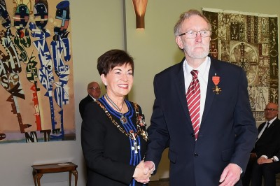 An image of Dame Patsy and Mr Peter Hughes, of Auckland, ONZM for services to mathematics education