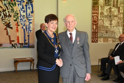 An image of Dame Patsy and Mr Duncan Hart, of Marton, QSM for services to the community