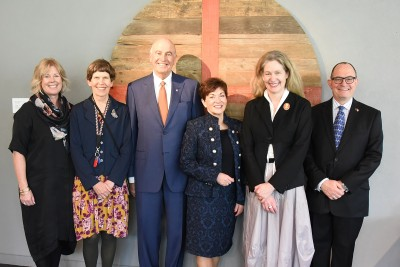 Image of Dame Patsy and Sir David with Auckland Art Gallery Principal Conservator Sarah Hillary, Director Rhana Devenport, Deputy Director Craig Goodall and Head of Advancement and Sponsorship, Sue Sinclair