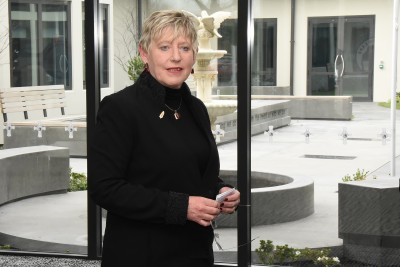 Image of Christchurch Mayor, Lianne Dalziel speaking