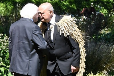 Image of kaumatua Piri Sciascia hongis with the President of Ireland, Michael D. Higgins