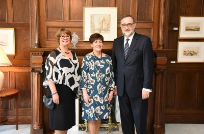 Image of Dame Patsy with trustee Geoff Clews and wife Moira