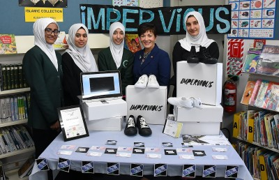 Image of Dame Patsy with the AMS Young Enterprise Team