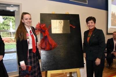Dame Patsy unveiling the plaque to mark the official opening