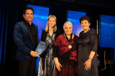 Image of Dame Patsy, Dr Lance O'Sullivan and Sarah-Jane Blake presenting Dame Tariana Turia with the Blake Medal