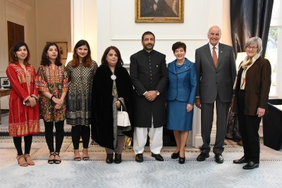 an image of Dame Patsy, Sir David, Hon Eugenie Sage, HE Dr Abdul Malik, High Commissioner of the Islamic Republic of Pakistan and his family