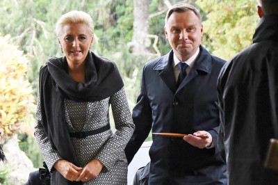 Image of President of the Republic of Poland, HE Andrzej Duda and Agata Kornhauser-Duda arriving at Government House in Auckland