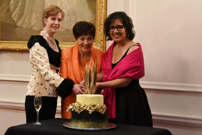 Image of Dame Patsy, RNZB artistic director Patricia Barker and RNZB executive director Frances Turner cutting the cake