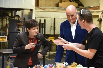 Image of Dame Patsy and Sir david selecting colours for their paperweights