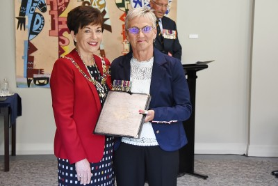 Image of Sergeant John Whitworth's daughter, Susan Harrison with Dame Patsy