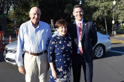 Image of Dame Patsy and Sir David being welcomed by Steve A0rmitage, General Manager-Destination, Auckland Tourism, Events and Economic Development