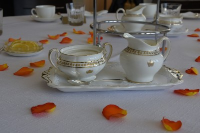 High Tea, featuring orange petals (NZORD colour)