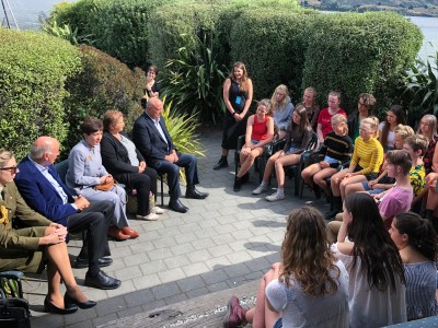 Image of Dame Patsy, Sir David and cast in a discussion group