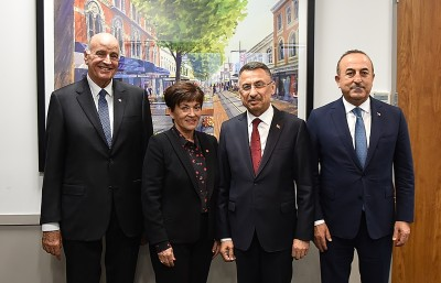 Image of Dame Patsy and Sir David with the Vice President of the Republic of Turkey, HE Fuat Oktay and Turkish Foreign Minister, Mevlüt Çavuşoğlu