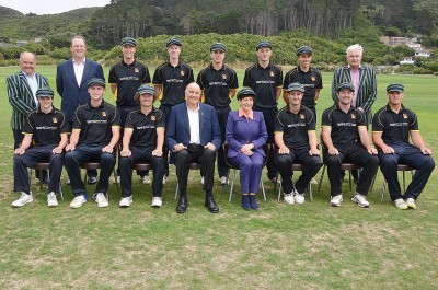 Image of Dame Patsy and Sir David with the Governor-General's XI