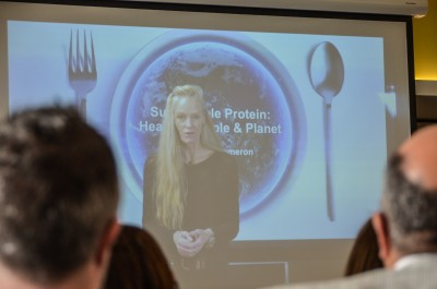 Image of Suzy Amis Cameron on video