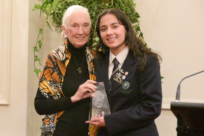 Image of Mahi Fier of Paraparaumu College receiving the Roots and Shoots Trailblazer Award