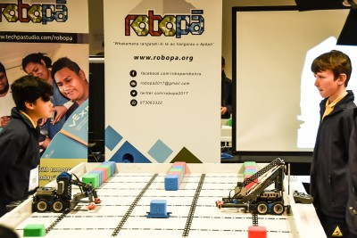 Image of two students in the Robopa