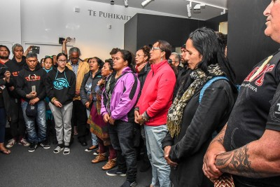 Tahitian waiata at the exhibition, evoking the Tahitian priest Tupaia who accompanied Captain Cook on the Endeavour