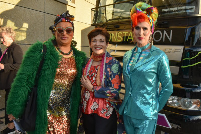 Dame Patsy with two drag queens at WIPP